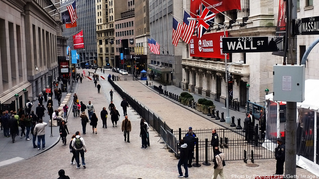 Goldman Sachs Executive's Editorial Casts Wall Street In Critical Light