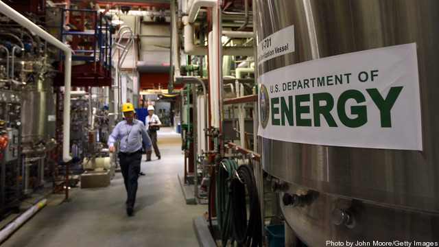 National Renewable Energy Lab Tests Green Energies In Colorado