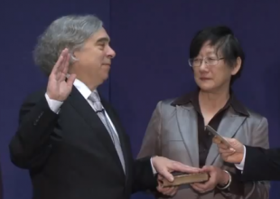 Moniz_Sworn_in_310_220
