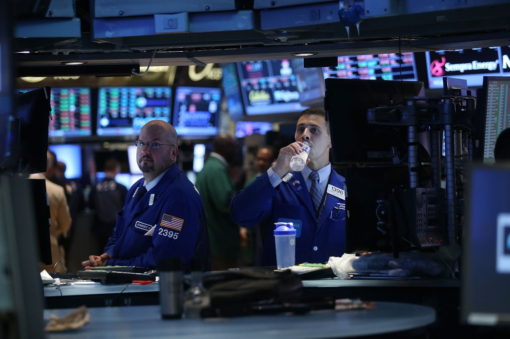 Stocks Look To Open Higher To Start The Week