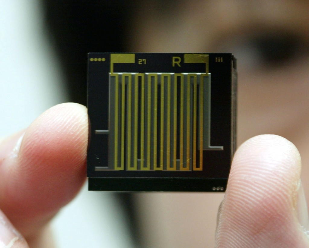 Casio Introduces World's Smallest Fuel Cell