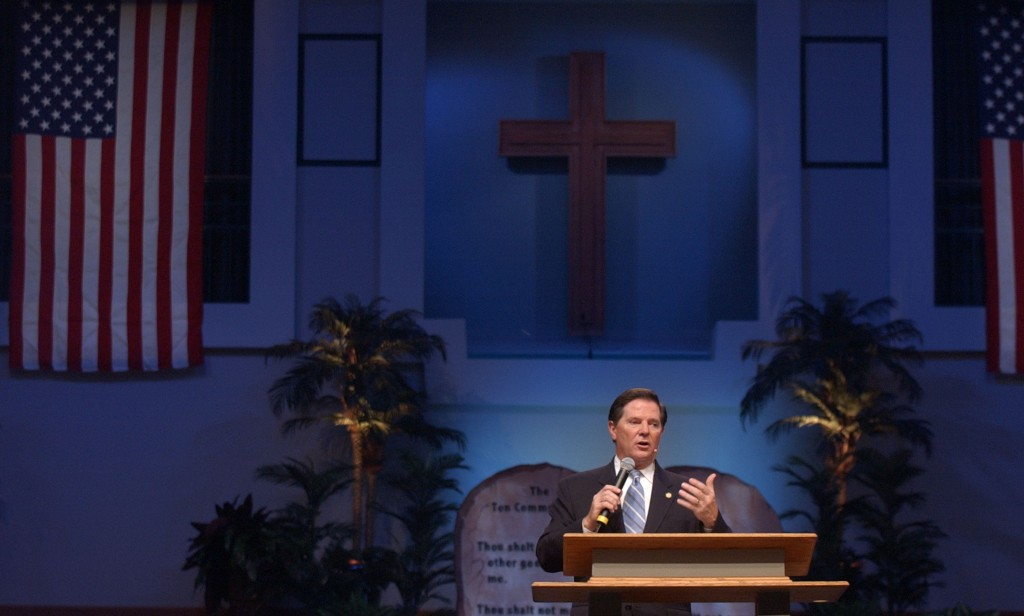Megachurch Simulcasts Call For Conservative Supreme Court Nominee