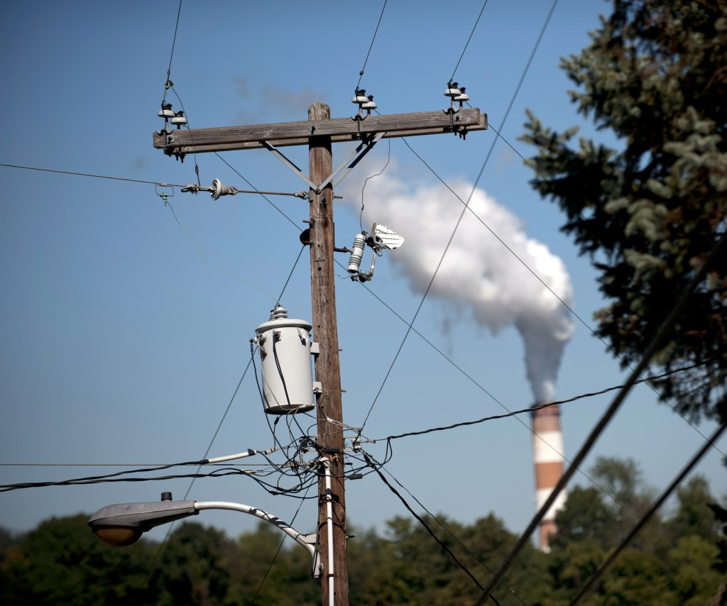 Exhaust rising from the Mitchell Power Station, a coal-fired power plant near Pittsburgh that was shuttered in 2013. The EPA's Clean Power Plan could result in more such retirements.. (Jeff Swensen/Getty Images)