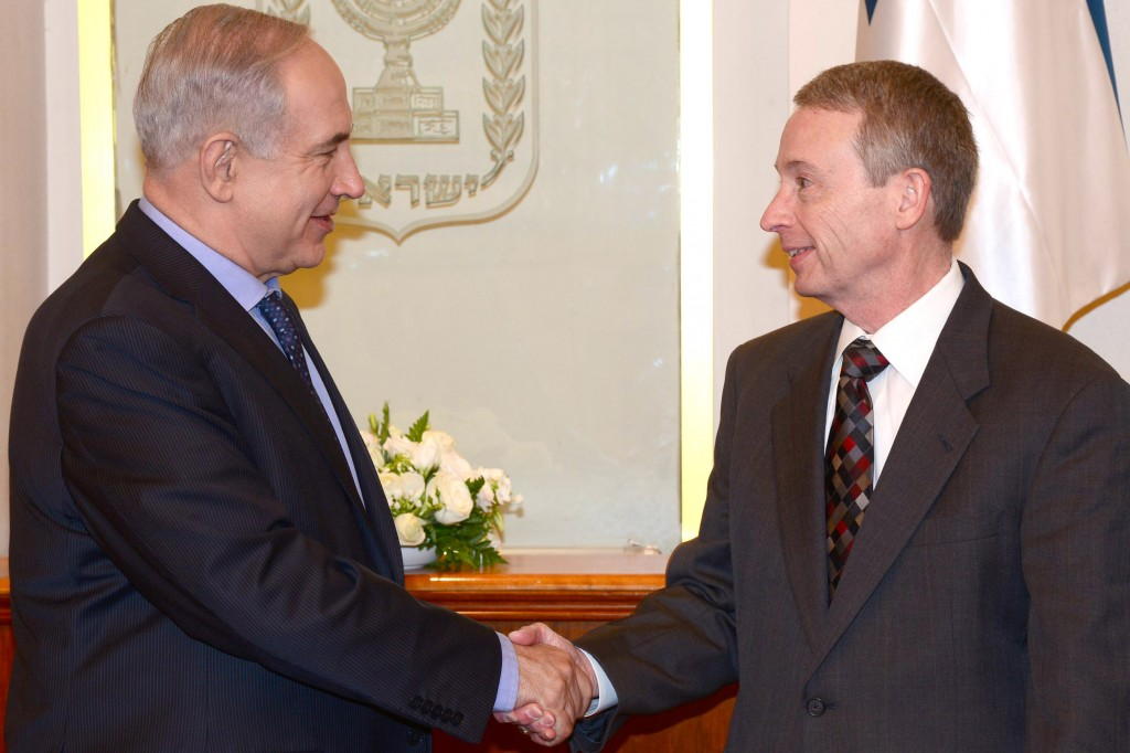 Netanyahu Meets With Noble Energy CEO