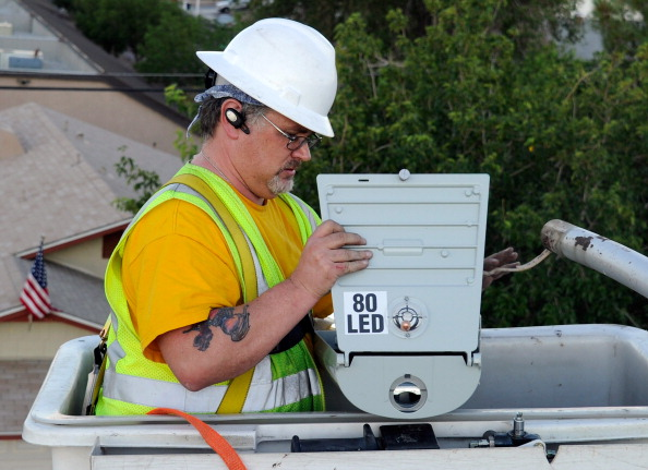 Las Vegas Begins Replacing 6600 Streetlights With LED Fixtures