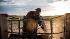 Falling Oil Prices Ignite Concern Over Bakken Crude