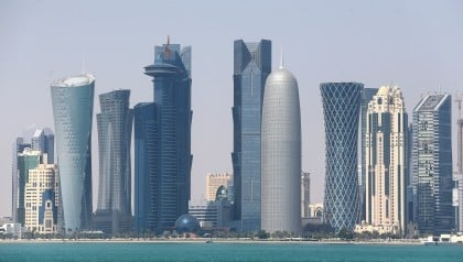 Eager Competitors Challenge Qatar's Reign as LNG Heavyweight