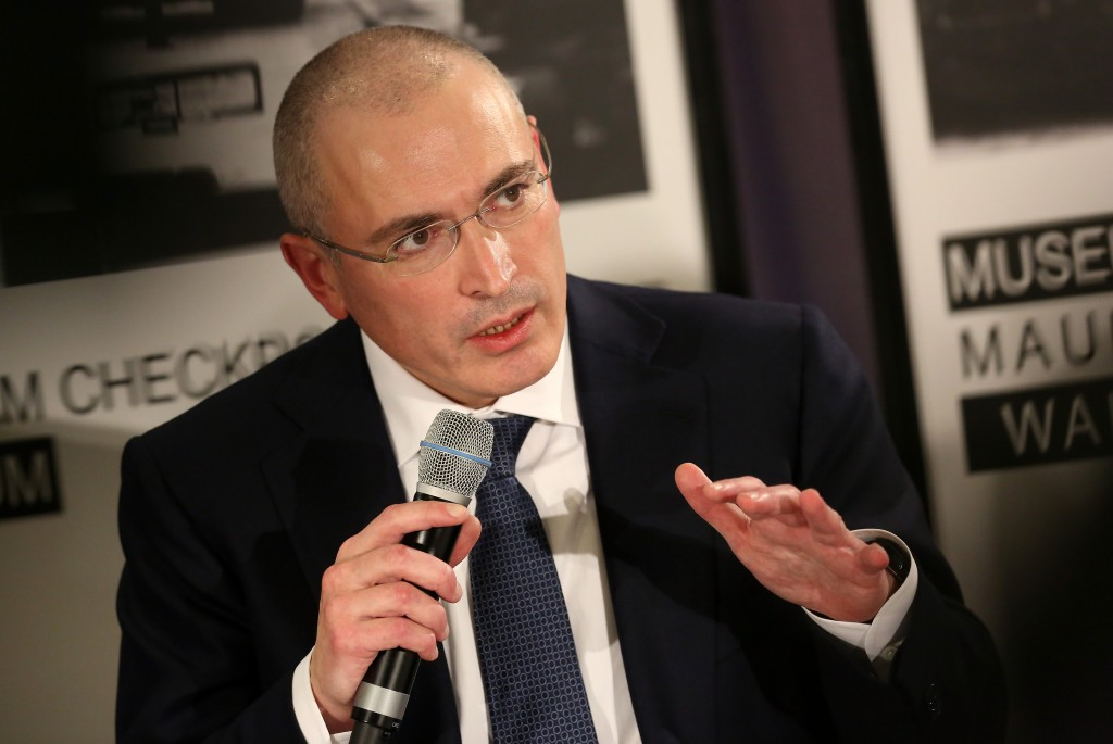 Mikhail Khodorkovsky Holds First Press Conference Since Prison Release