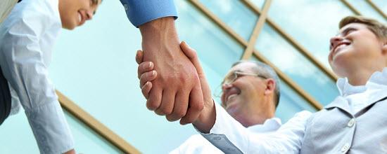 partnering_handshake_550_7