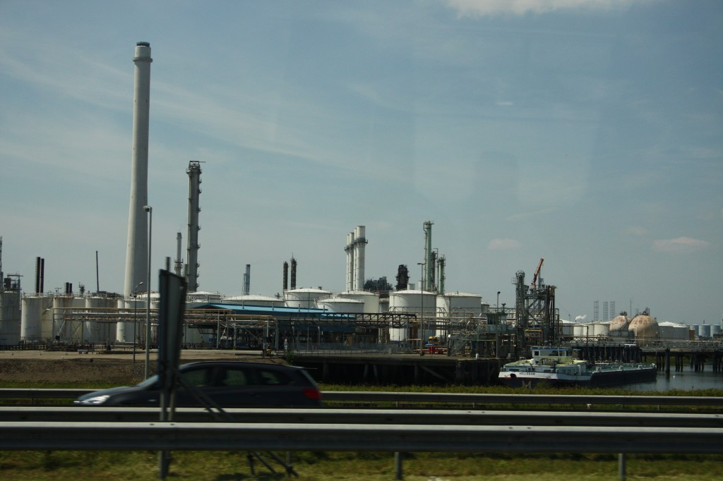 oil storage Netherlands